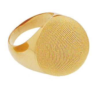 Gold ring in sardinian filigree