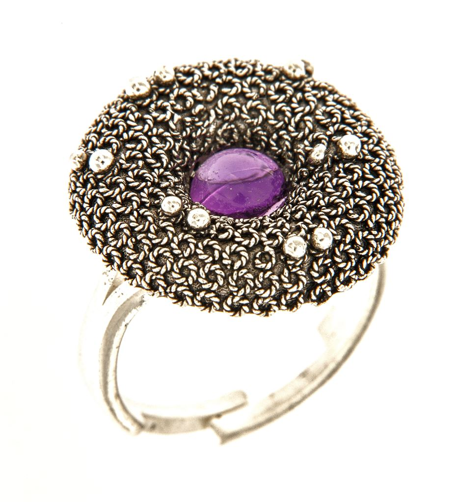 Silver filigree ring with amethyst
