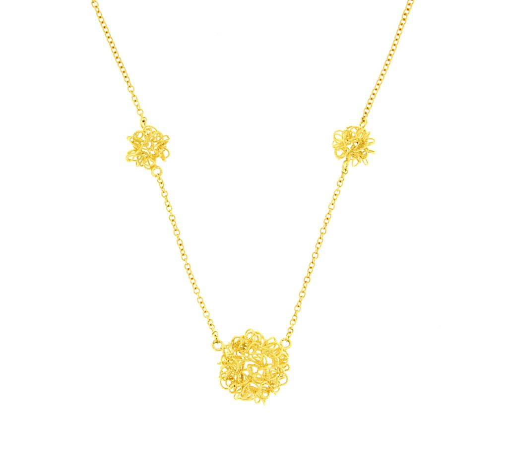 Gold necklace with filigree flocks
