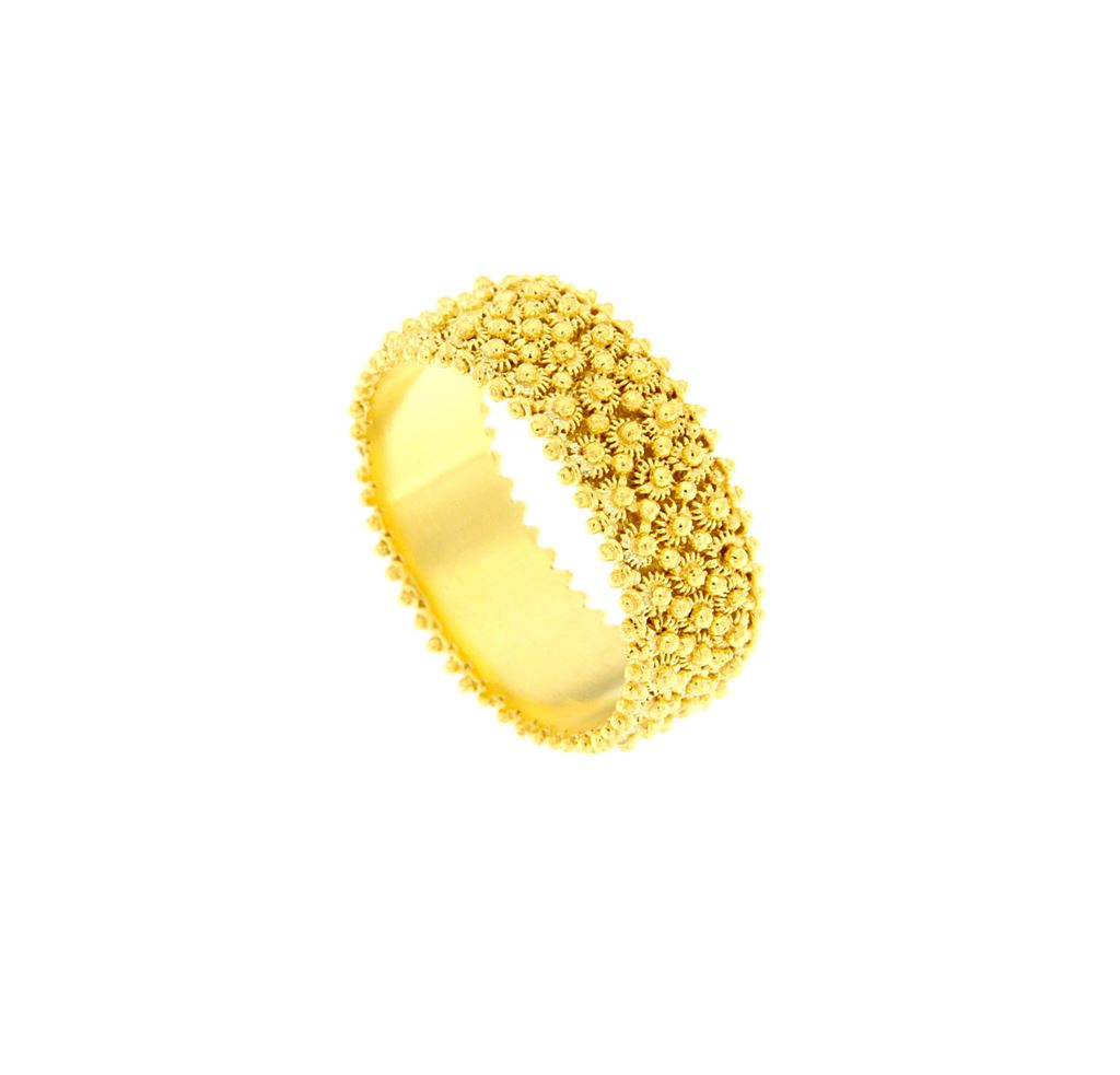 Gold band sardinian wedding ring  in sardinian filigree