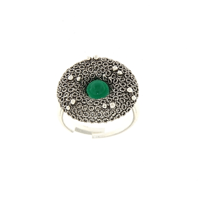 Silver filigree ring wirh green agate