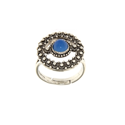 Silver ring with honeycomb decoration and blue agate