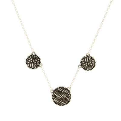 Silver necklace with three Pibiones discs